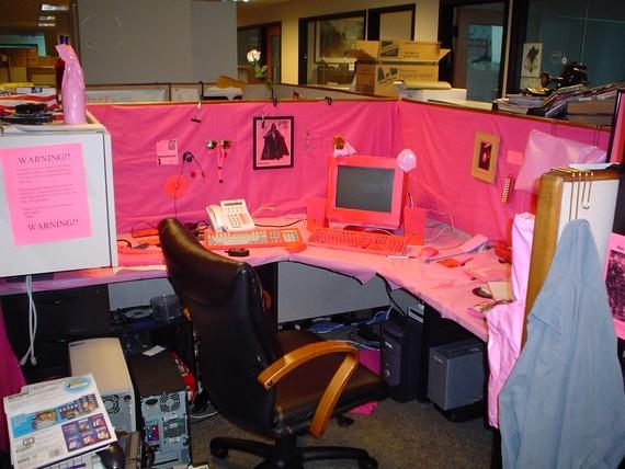 Office prank (12 pics)