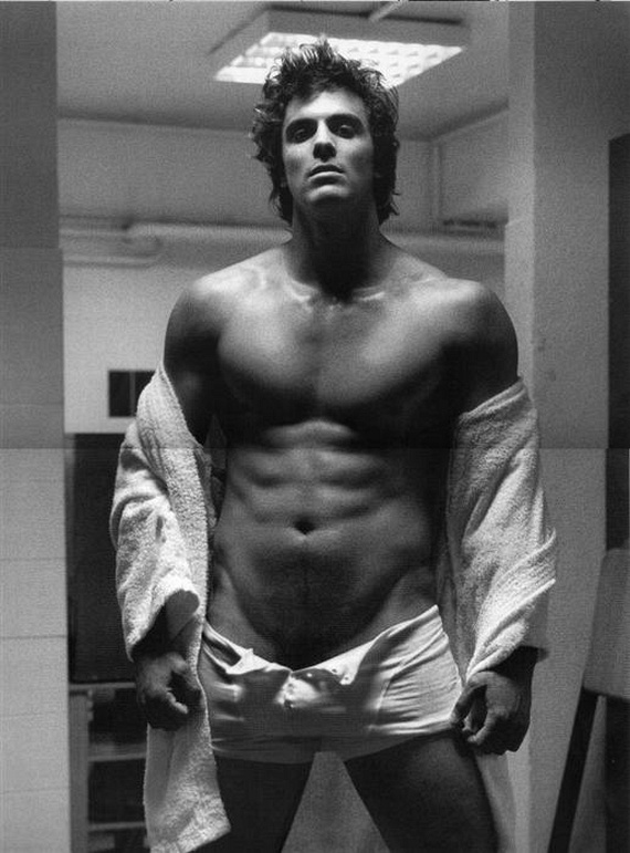 The hottest men ever (20 pics)