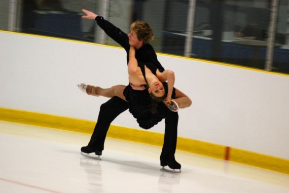 Funny moments in Figure Skating (35 pics)