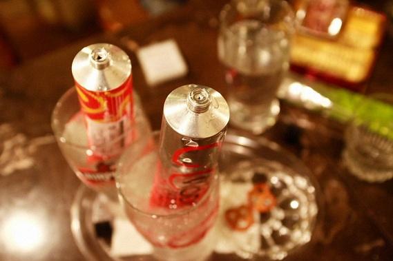 Vodka in a Tube (6 pics)