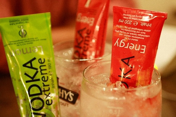 Vodka in a Tube (6 pics)