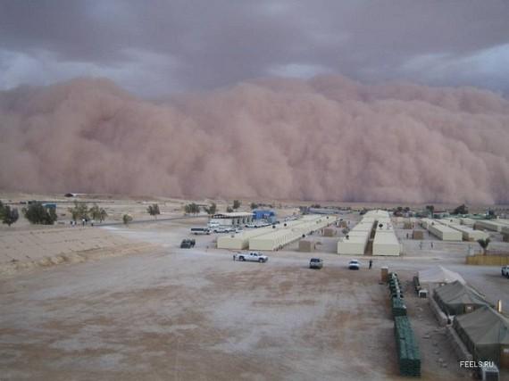 Sandstorm In Iraq (9 pics)