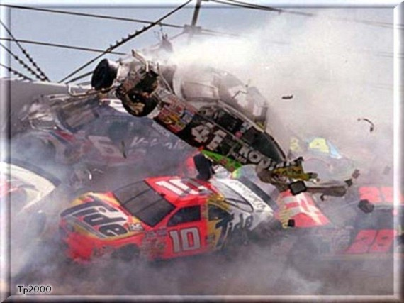NASCAR Crashes (35 pics)