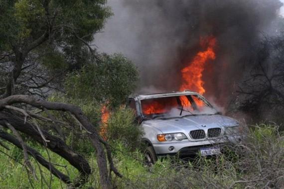 Cars on Fire (42 pics)