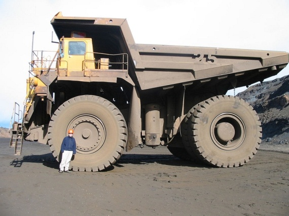 Really Big Trucks (33 pics)