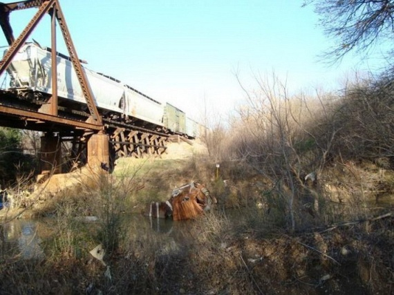 OMG! Train Accident (7 pics)