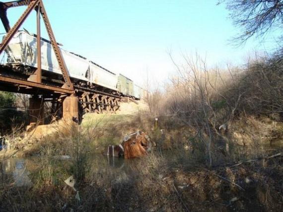 OMG! Train Accident (7 pics)