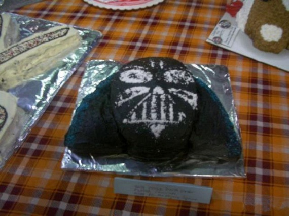 Fear Factor Birthday Cake (28 pics)