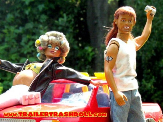 Meet the trailer trash dolls... (8 pics)