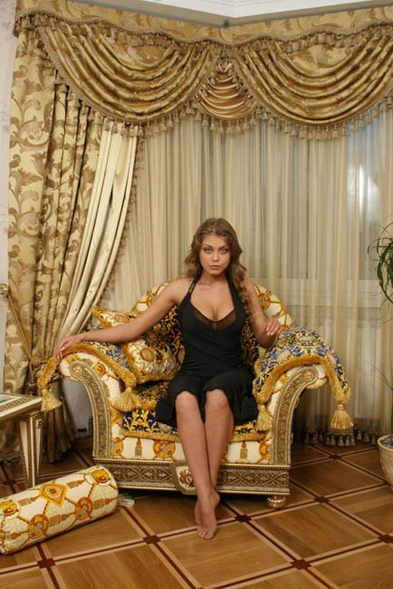 Oksana is Mel Gibson's Girlfriend (62 pics)