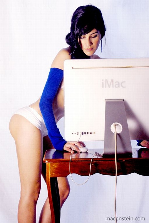Geek Erotica - PART 2 (13 pics)