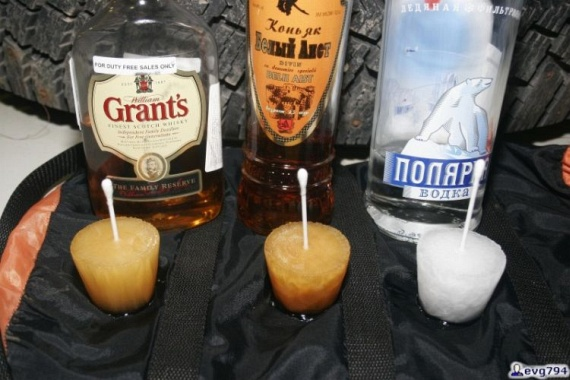 An ice-scream from alcohol (6 pics)