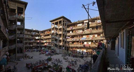 The famous Shanghai court yard (18 pics)