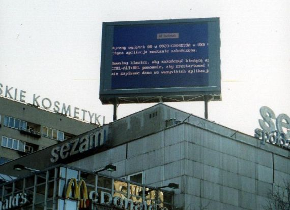 Blue Screen of Death Gallery (61 pics)