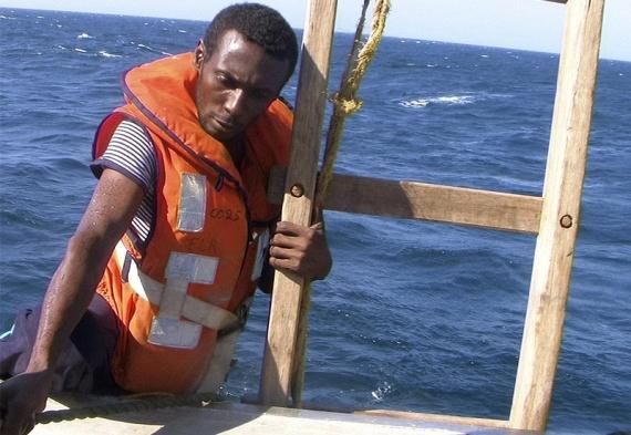 Piracy in Somalia (30 pics)