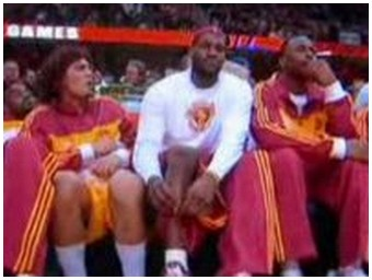 Lebron James secretly farts (1.4 Mb)