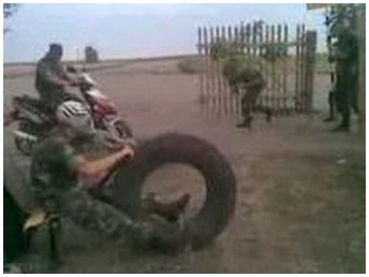 Here is what they do in the army when they get bored and have nothing to do :))) (2.4 Mb)