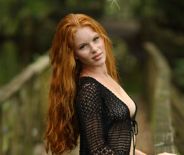 Hot Redheads (21 pics)