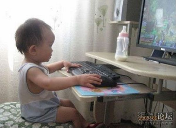 Little gamer (4 pics)