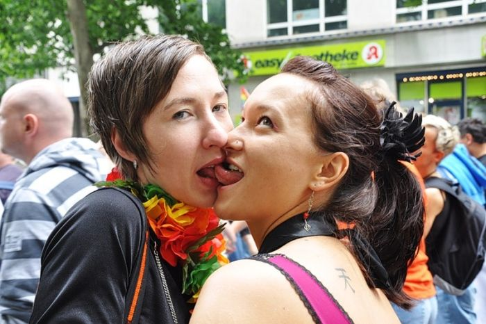 Christopher Street Day 2009 in Berlin (21 pics)