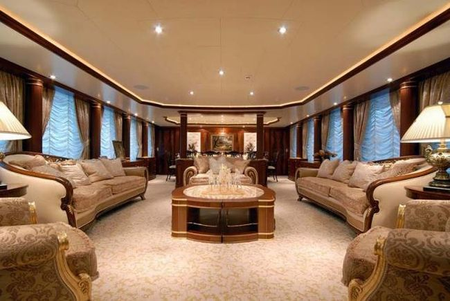 How do luxury yachts look inside 28 pics for Yacht de luxe interieur