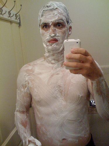 Shaving cream addict (5 pics)