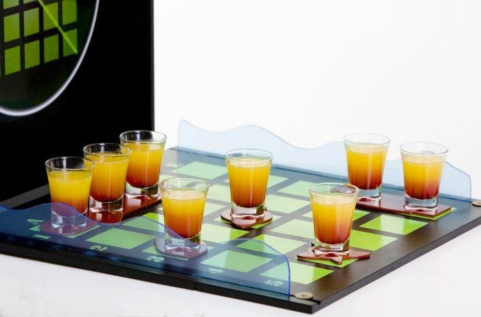 Enigma - Battleship Bar Game (6 pics)