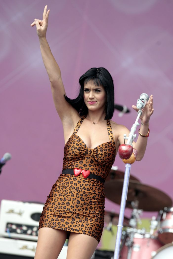 Katy perry live show in hd - 3 part 7