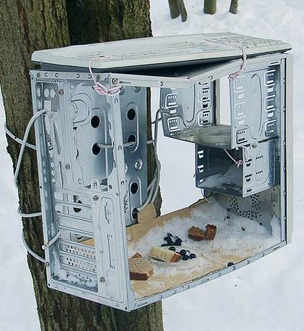 Creative ways to make use of old computer hardware (16 pics)