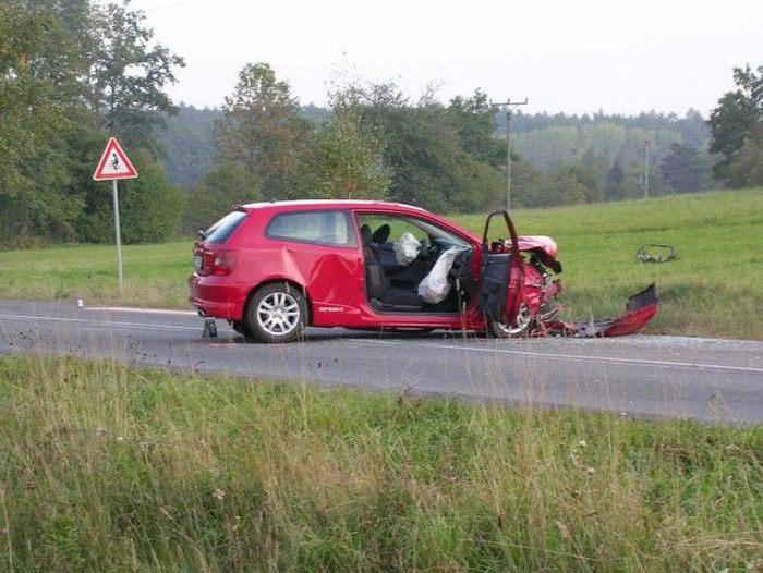 Speeding kills (55 pics)