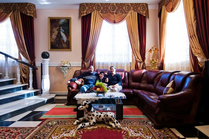 The interior of the rich gypsies houses (20 pics)