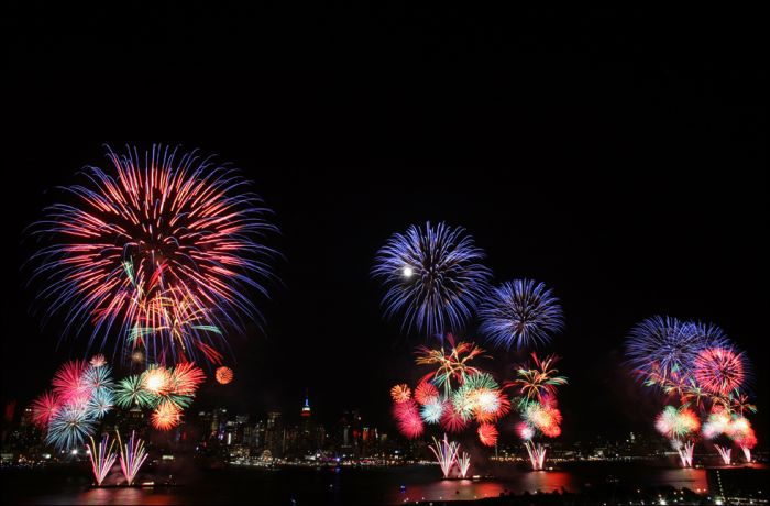 Fireworks on the 4th of July  (19 pics)