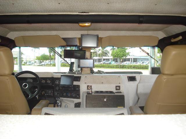 Modified Hummer H1  (19 pics)