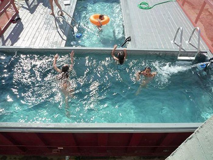 How to make a private pool (6 pics)