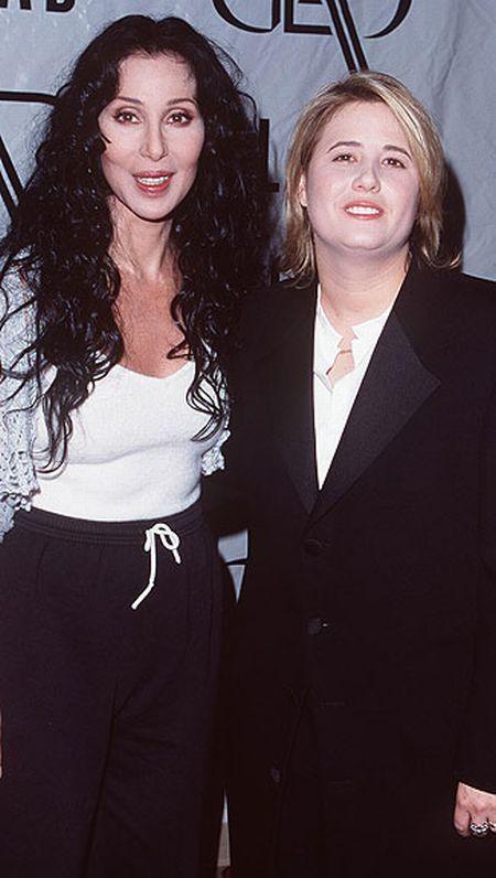 The Transformation of Chastity Bono (18 pics)