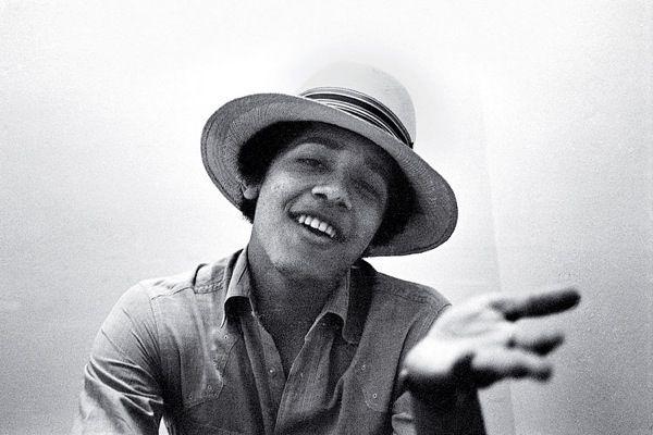 Young Obama (12 pics)