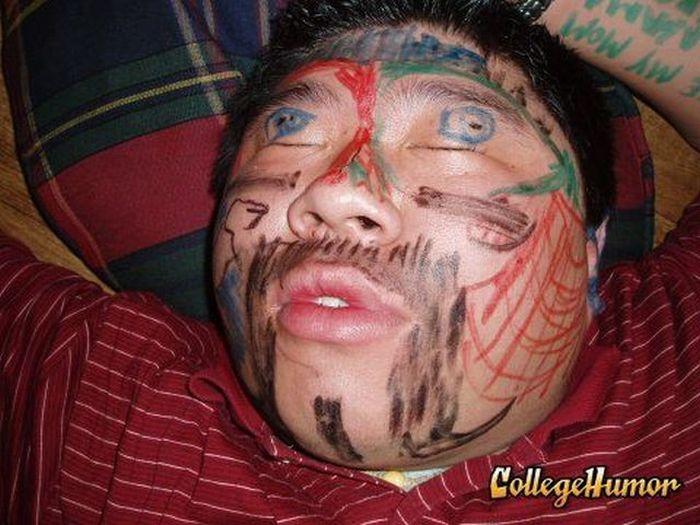 Drunk pranks (88 pics)