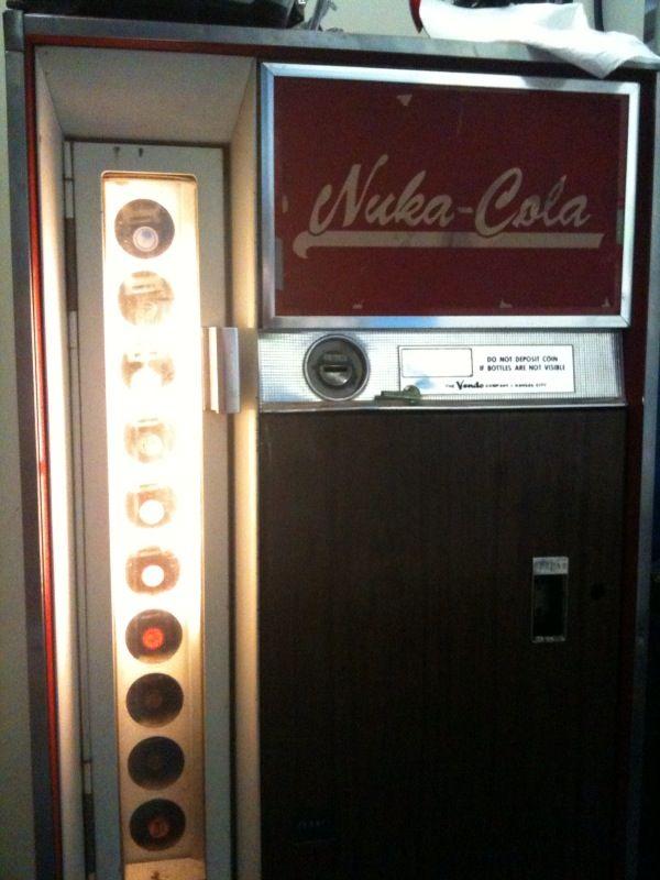 Nuka Cola Vending Machine (7 pics)