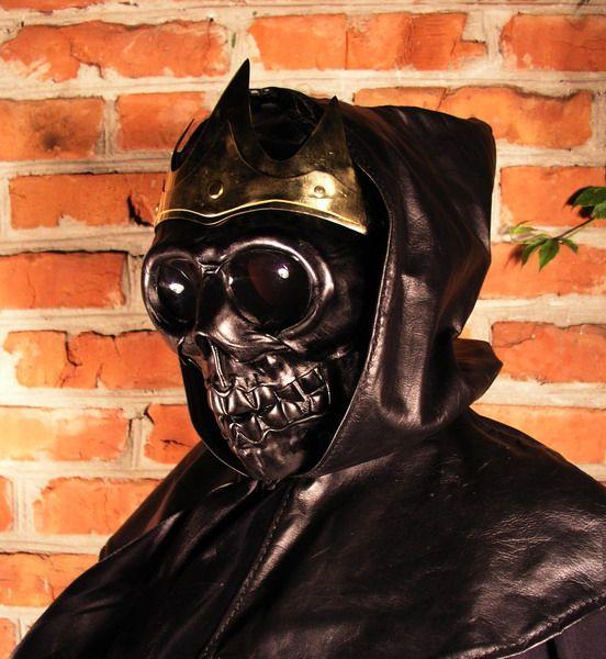 Death Costume (6 pics)