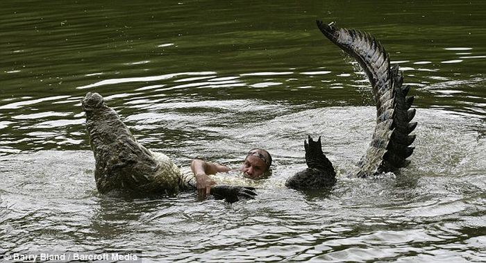 Crocodile Man (4 pics)