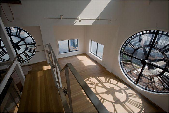 Clock Apartments  (13 pics)