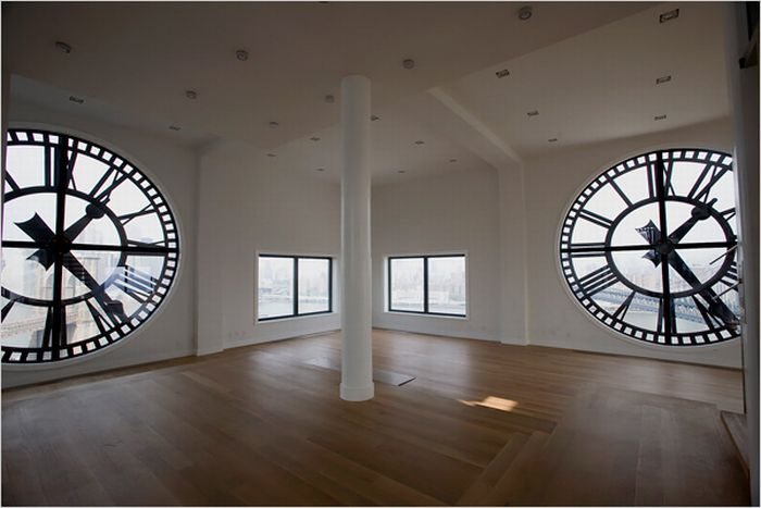 Clock Apartments  (13 pics)