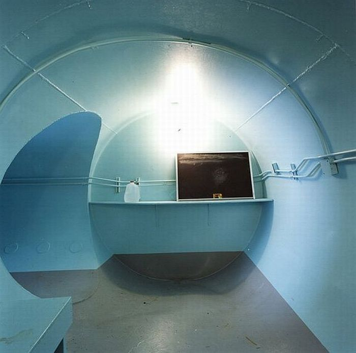 Private American Bomb Shelters (19 pics)