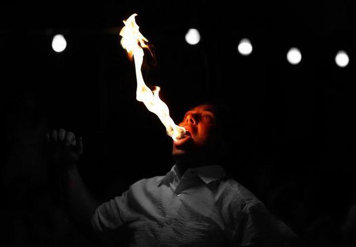 Firebreathing (31 pics)