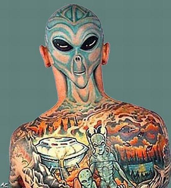 Tattoos on Bold Heads (25 pics)
