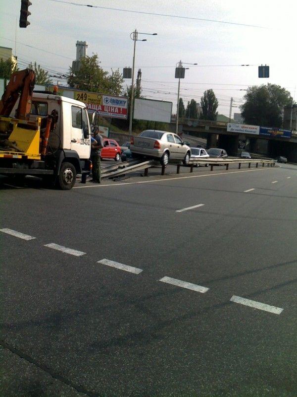 Funny crash (3 pics)