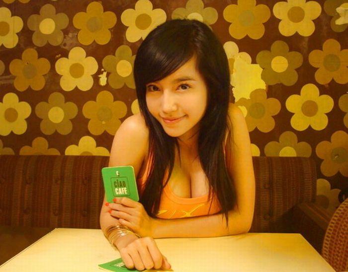 Elly - very popular girl from Vietnam (30 pics)