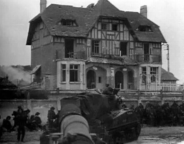 Normandy 1944. Then and Now (204 pics)