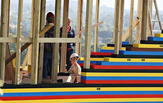 Lego House (7 pics)