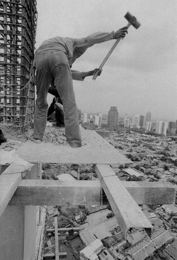 Indonesian construction workers (23 pics)